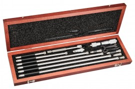 "Starrett 823FZ Tubular Inside Micrometer with case, 1.5 to 32"" range, 0.001"" graduations-"